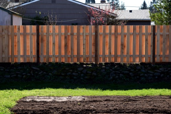 backyard landscaping ideas and before and after photos back fence glow 030215 008