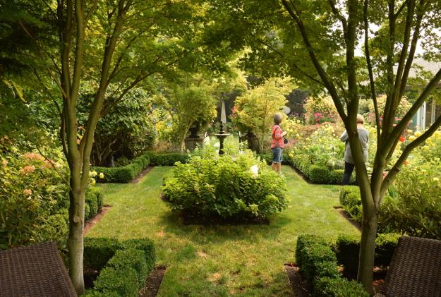 formal garden vista 082215 292