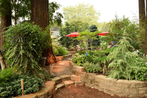shady garden family gatherings 082215 190