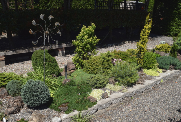 garden conservancy formal garden rock garden conifers 060516